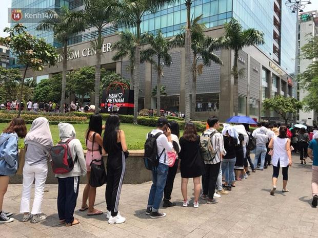 hm vietnam 14 - H&M Việt Nam đã chính thức mở cửa đón khách