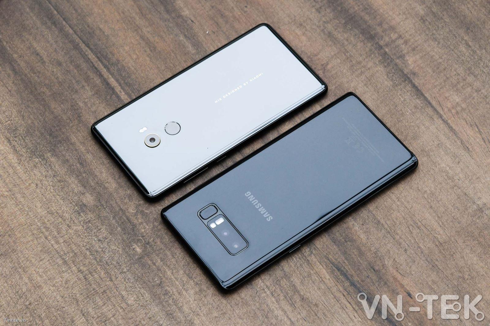 galaxy note8 xiaomi mi mix 2 3 - Galaxy Note8 và Xiaomi Mi Mix 2 cuộc chiến màn hình vô cực