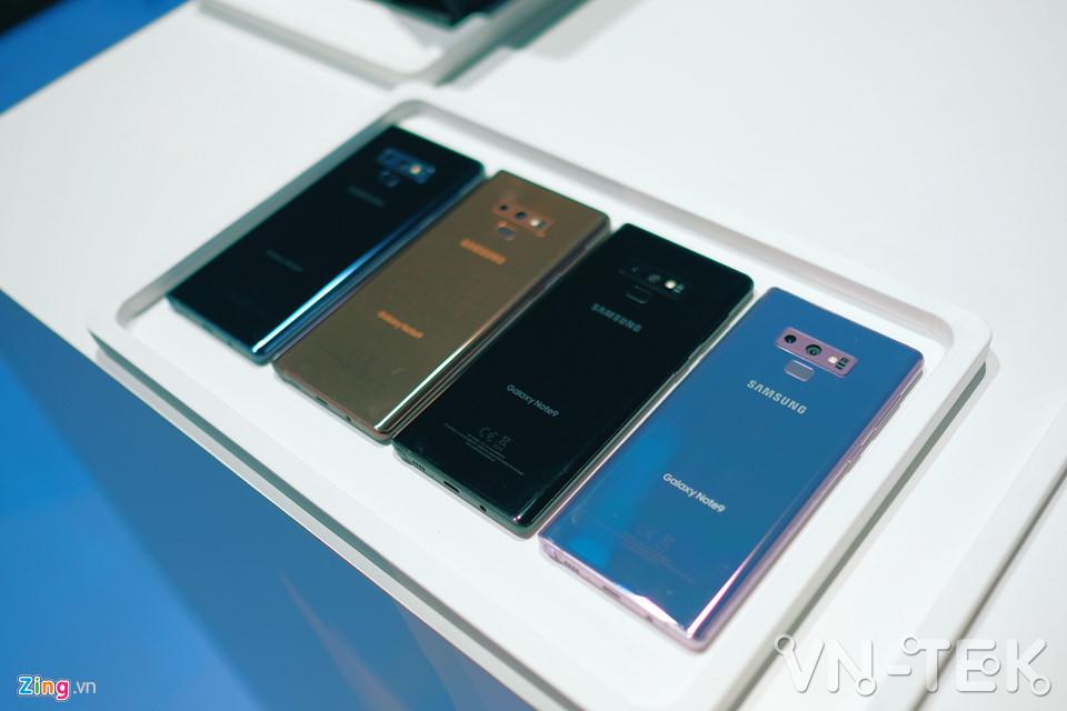 galaxy note9 11 - Galaxy Note9 vừa ra mắt: To, sắc sảo và thông minh hơn