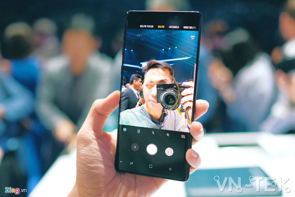 galaxy note9 5 - Galaxy Note9 vừa ra mắt: To, sắc sảo và thông minh hơn