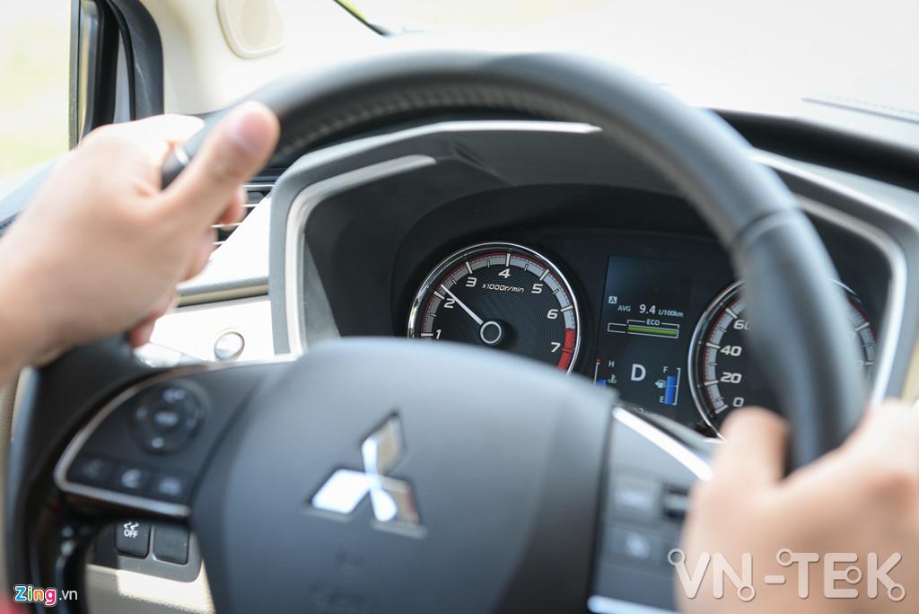 mitsubishi xpander 2 - Đánh giá nhanh Mitsubishi Xpander - động cơ 1.5L yếu hay không?