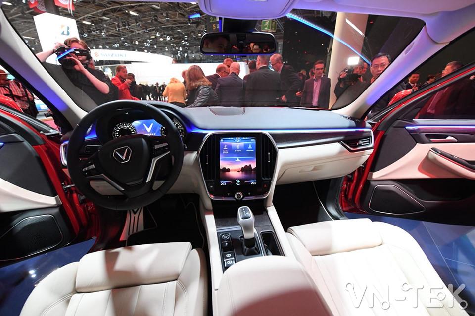 vinfast lux a2 4 - Xem nhanh nội thất 2 mẫu xe VinFast vừa ra mắt 2018