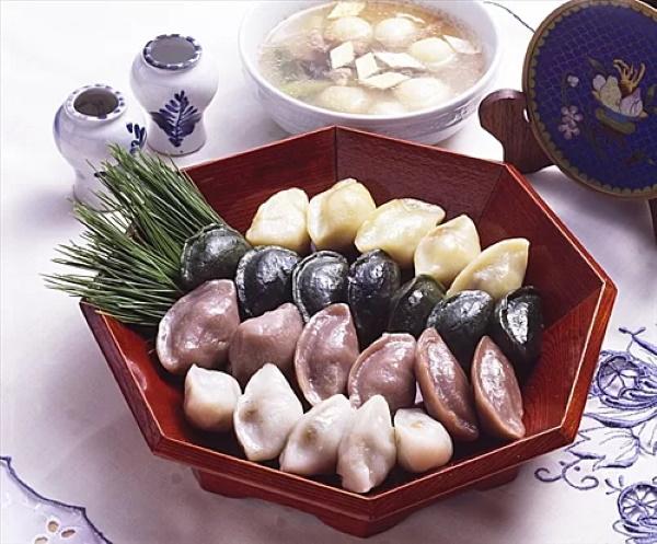 trung thu han quoc 3 - Những phong tục trong Tết Trung thu của người Hàn Quốc