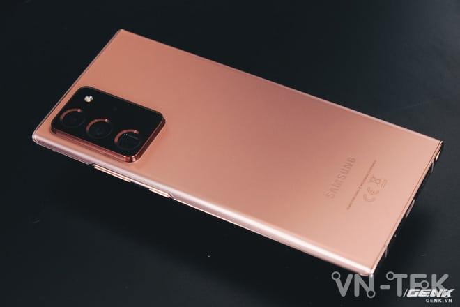 A - Vì đâu Galaxy Note20 Ultra giành thế thượng phong trên thị trường giữa hàng loạt đối thủ đáng gờm??