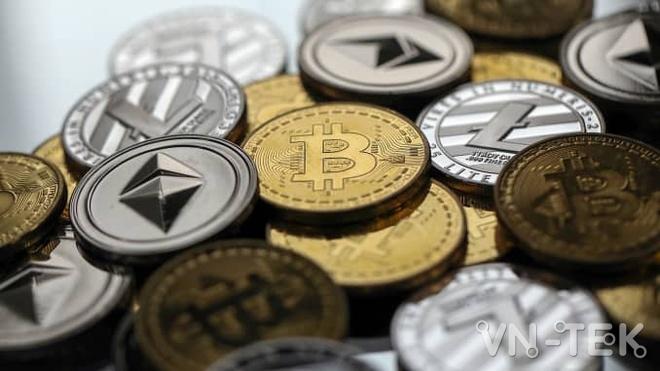 getty - Vì sao người Mỹ ồ ạt mua tiền mã hoá Bitcoin, Dogecoin